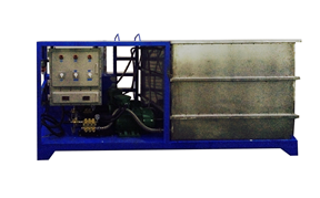Explosion proof spray cooling system for oil drilling platform