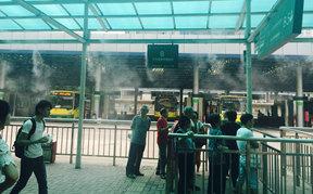 广州中山八路公交站台喷雾降温